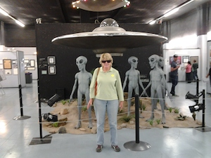susan_and_ufo