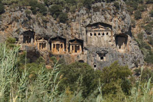 lycian_rock_tombs_closeup