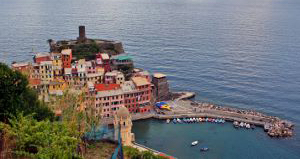 vernazza_harbour