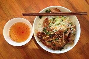 bunh_thit_nuong_meal.jpg