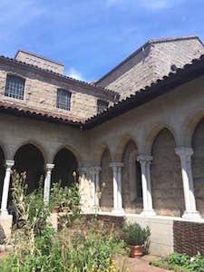 cloisters_garden_courtyard