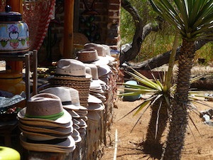 hat_shopping_in_todos_santos