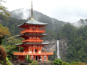 pagoda_nachi-taki_waterfall_600