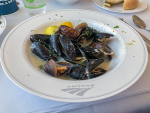 Amtrak-steamed-mussels