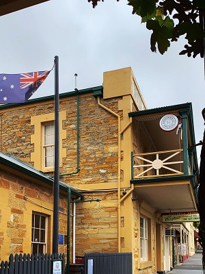 Willunga_Hotel